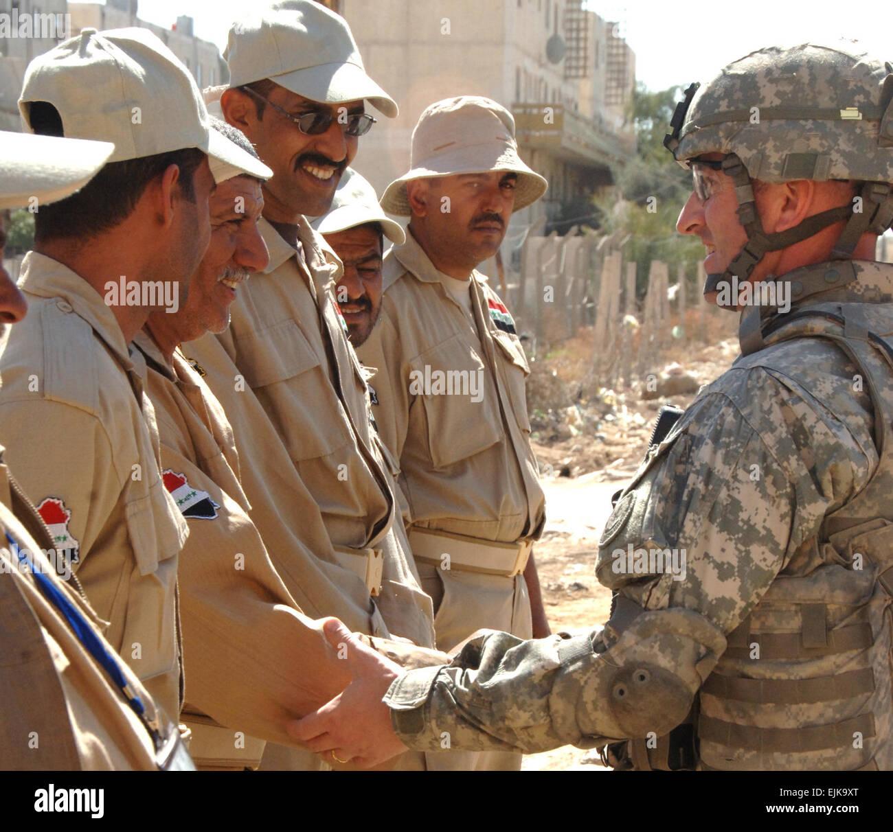 Us Army Checkpoint Stockfotos & Us Army Checkpoint Bilder - Seite 2 ...