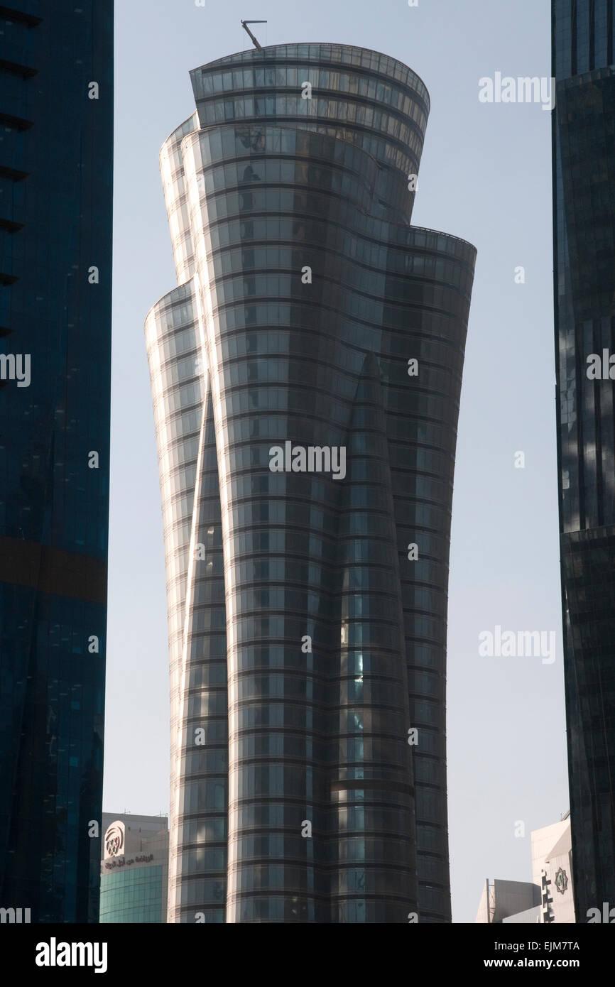 Die Qatar internationale islamische Bank Tower in der Stadt Doha in der nahen östlichen Golf Nation von Katar. Stockbild