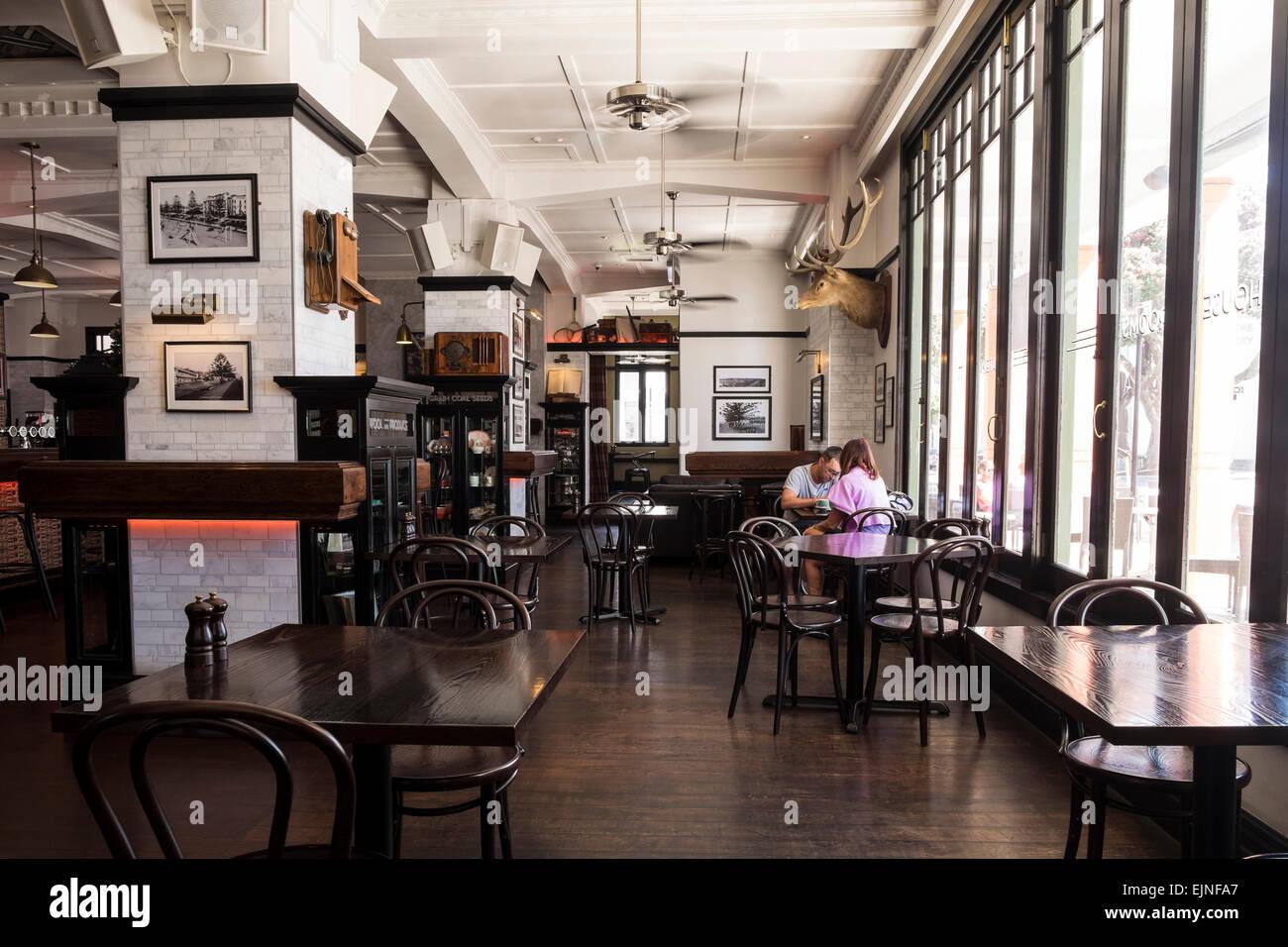 Die Freimaurer-Hotel Interieur der Bar Restaurant-Bereich mit alten ...