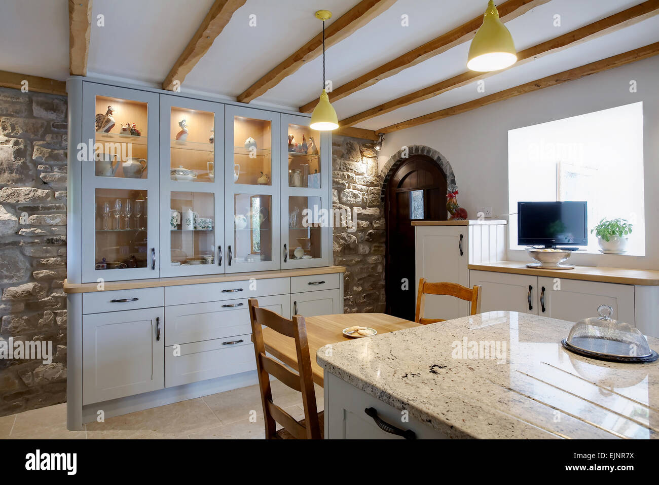 Modern Farmhouse Stockfotos & Modern Farmhouse Bilder - Alamy