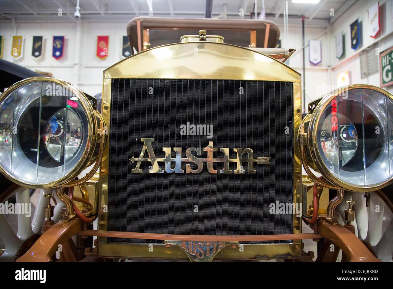 Chesterfield Twp., Michigan - 1909 Austin auf dem Display an Stahl Automotive-Stiftung. Stockbild