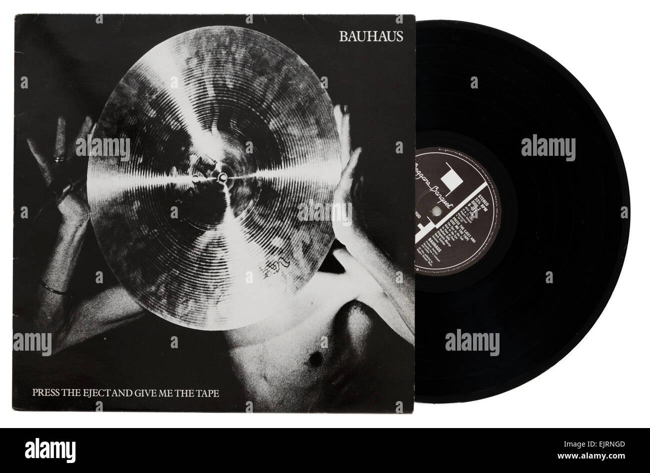 Drücken Sie die Taste Eject und gib mir das Band-Album von Bauhaus Stockbild