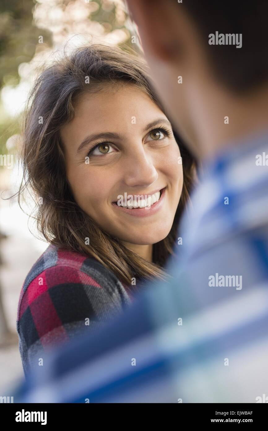 Flirten blickkontakt herstellen photo 9