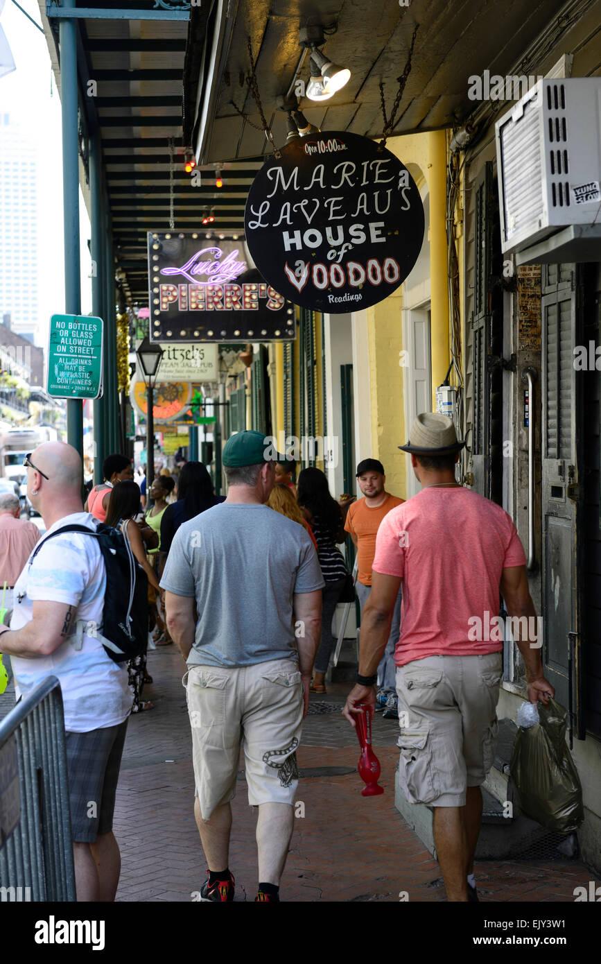 Marie Laveau Haus des Voodoo okkulte magische Schild Schilder Bourbon street französische Viertel New Orleans Stockbild
