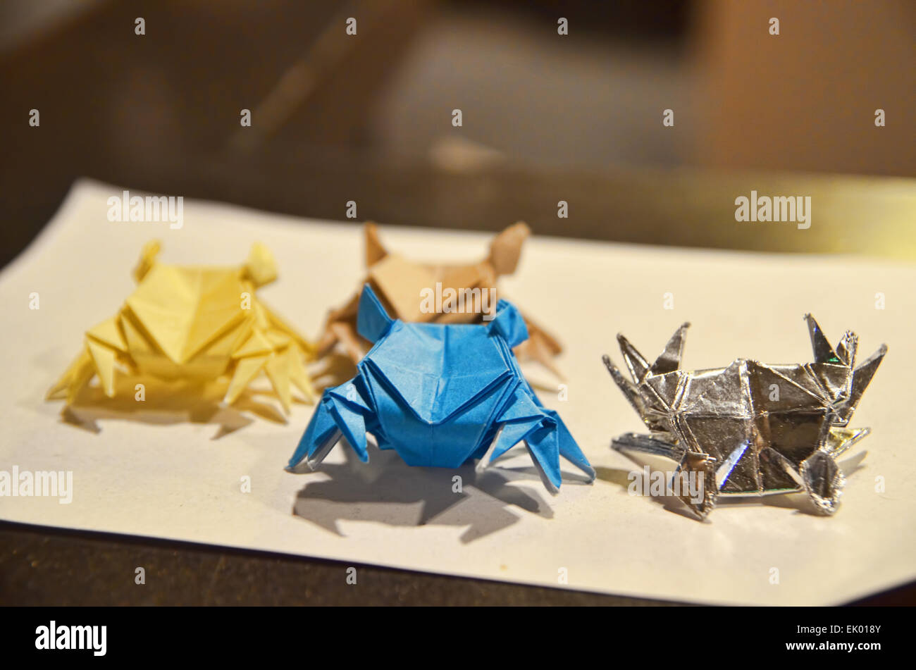 Einige der Origami-Krabben Stockbild