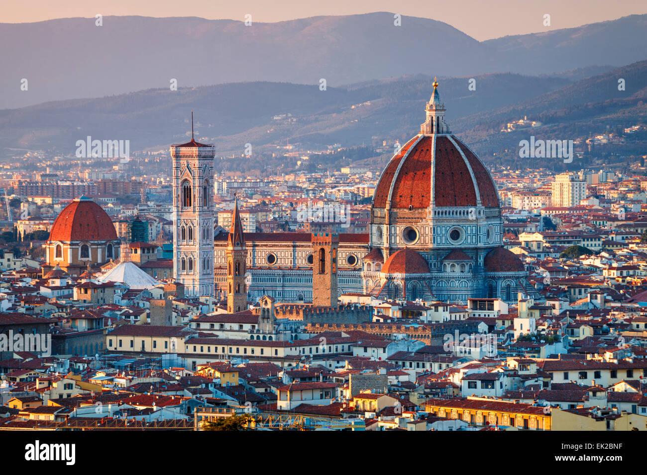 Der Dom von Florenz bei Sonnenuntergang, Toskana, Italien. Stockbild