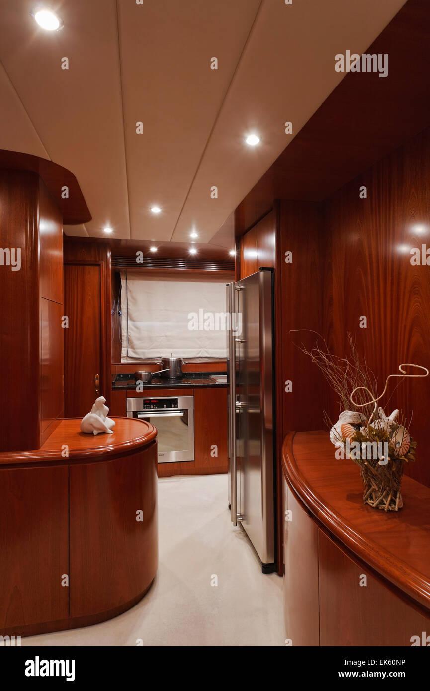 Italien Toskana Viareggio Tecnomar Nadara 26 Luxus Yacht Kuche
