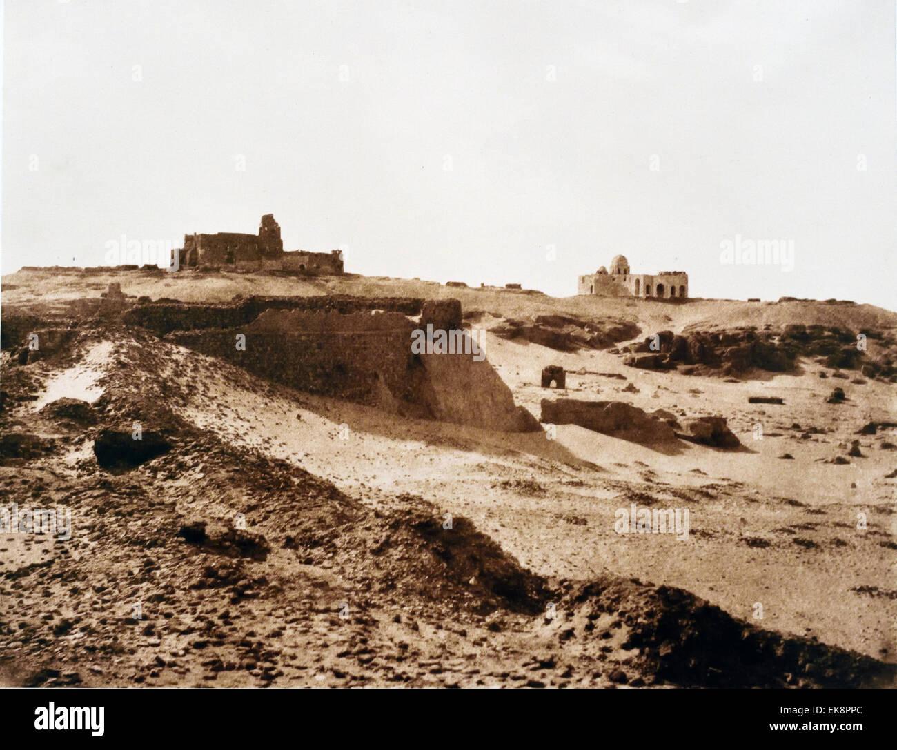 Ruinen der alten arabischen Einfriedung, gesalzene Papier drucken 1851-1852 Assuan Ägypten Felx Teynard 1817 Stockbild