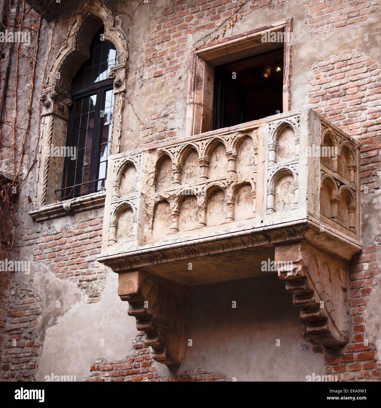 Romeo Und Julia Balkon In Verona Italien Stockfoto Bild 80747215