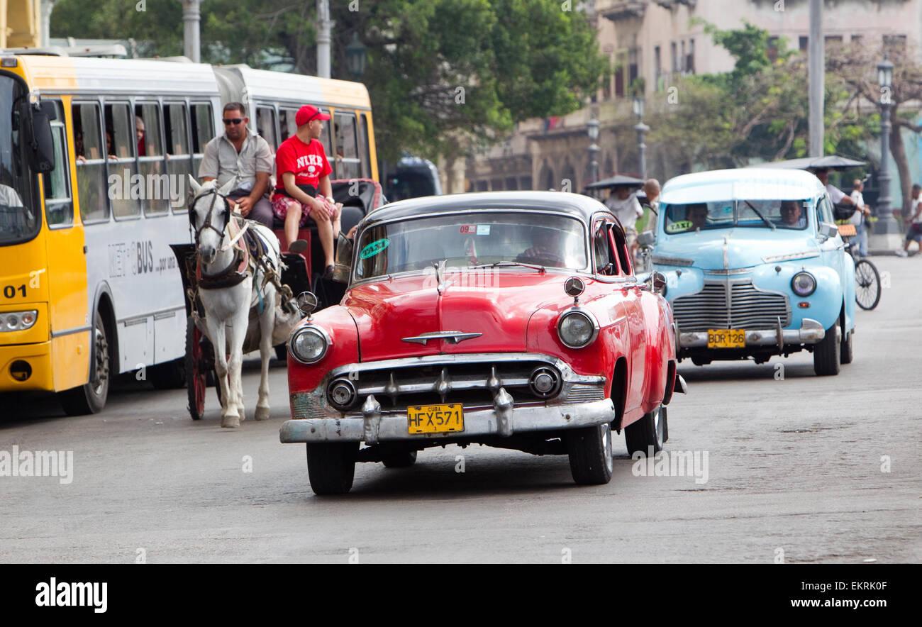 Amerikanische Oldtimer oder Fahrzeuge aus den 1920er und 1930er Jahren in Havanna Kuba Stockfoto