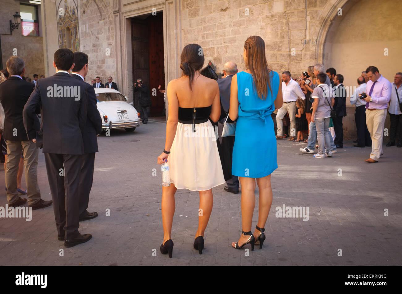 Gast auf einer spanischen Hochzeitskleid für den Anlass