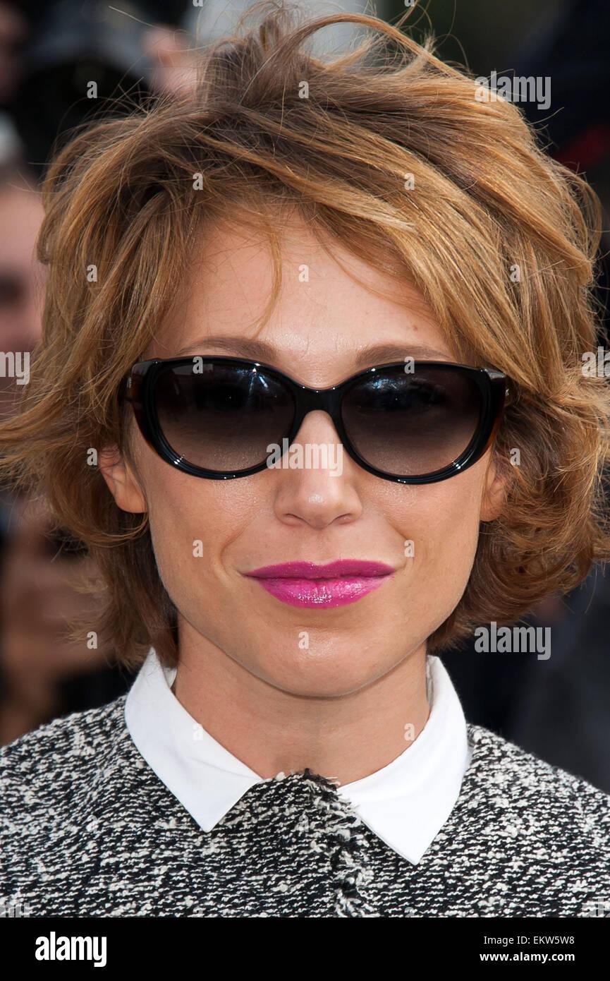 Christian Dior Sunglasses Stockfotos & Christian Dior Sunglasses ...