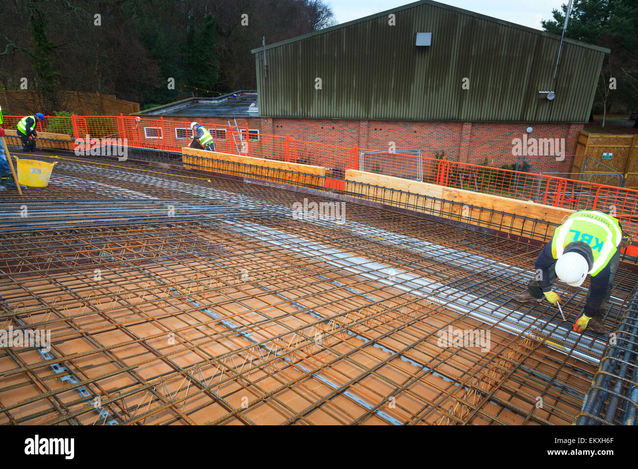 Reinforcing Bar Stockfotos & Reinforcing Bar Bilder - Seite 3 - Alamy