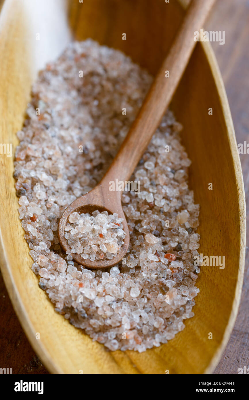Unbehandelte österreichische Steinsalz aus Salzkammergut Berge - Bergkern Salz- Stockbild