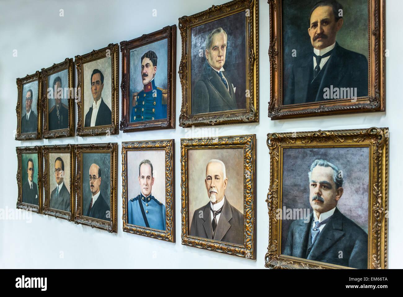 Brasilien, Salvador, Porträts der Gouverneure in den Rio Branco-Palast Stockbild