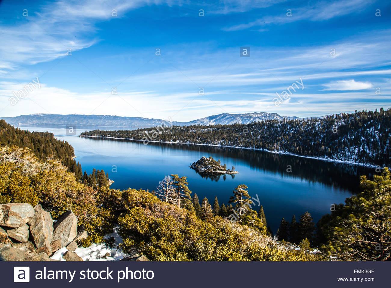 Blick auf Bergsee, Himmel Stockbild