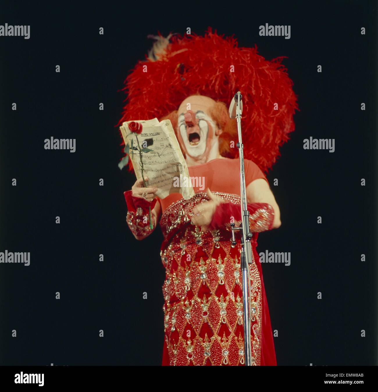 Serie: Akrobat Schööön!, Charlie Rivel Mit Seiner Berühmten Opernarie Stockbild