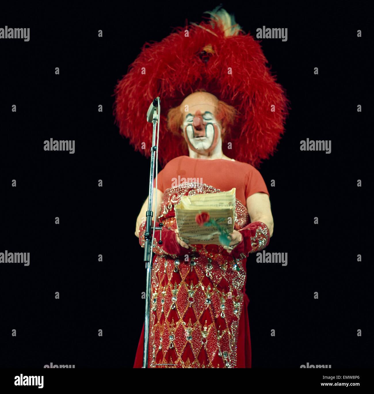 Charlie Rivel Mit Seiner Berühmten Opernarie, Akrobat schön Stockbild