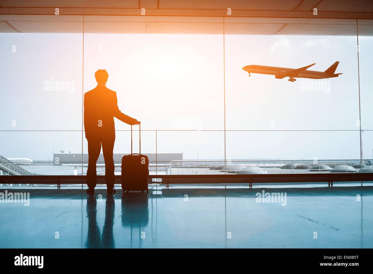 Wartezeiten am Flughafen Stockbild