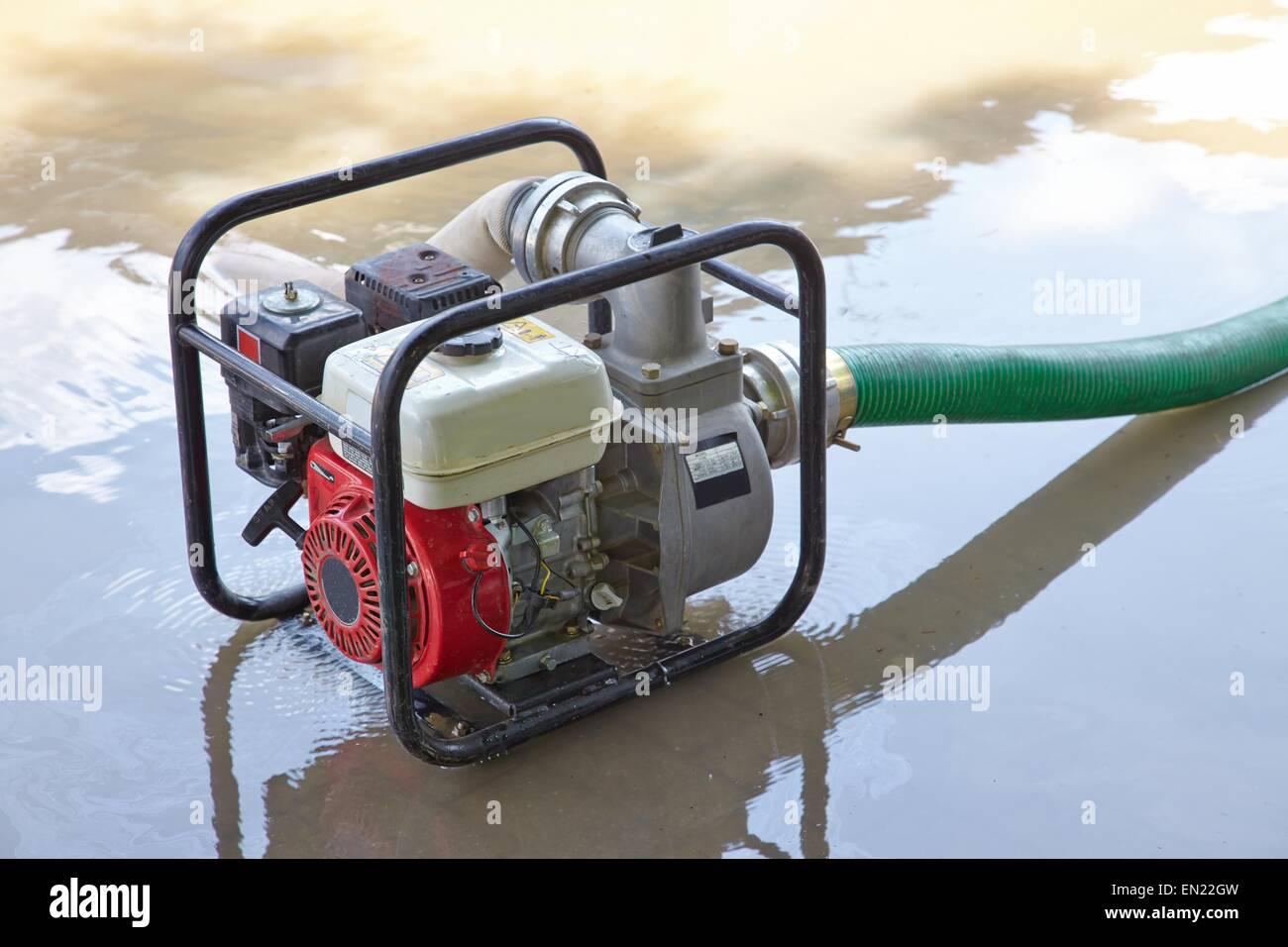 Wasser Pumpen Stockbild
