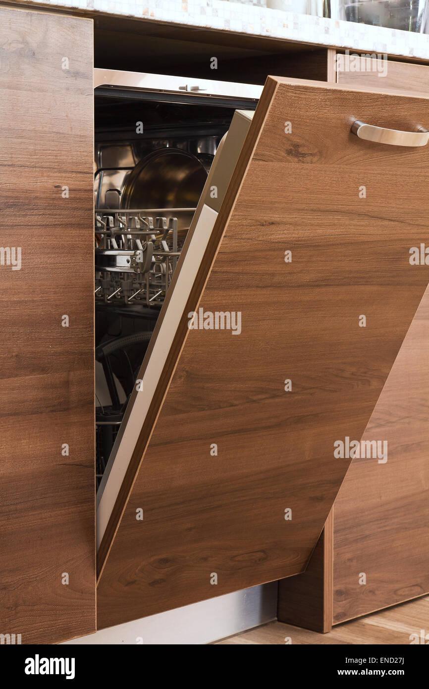 Digital Home Geschirrspuler Einbauschrank Kuche Stockfoto Bild