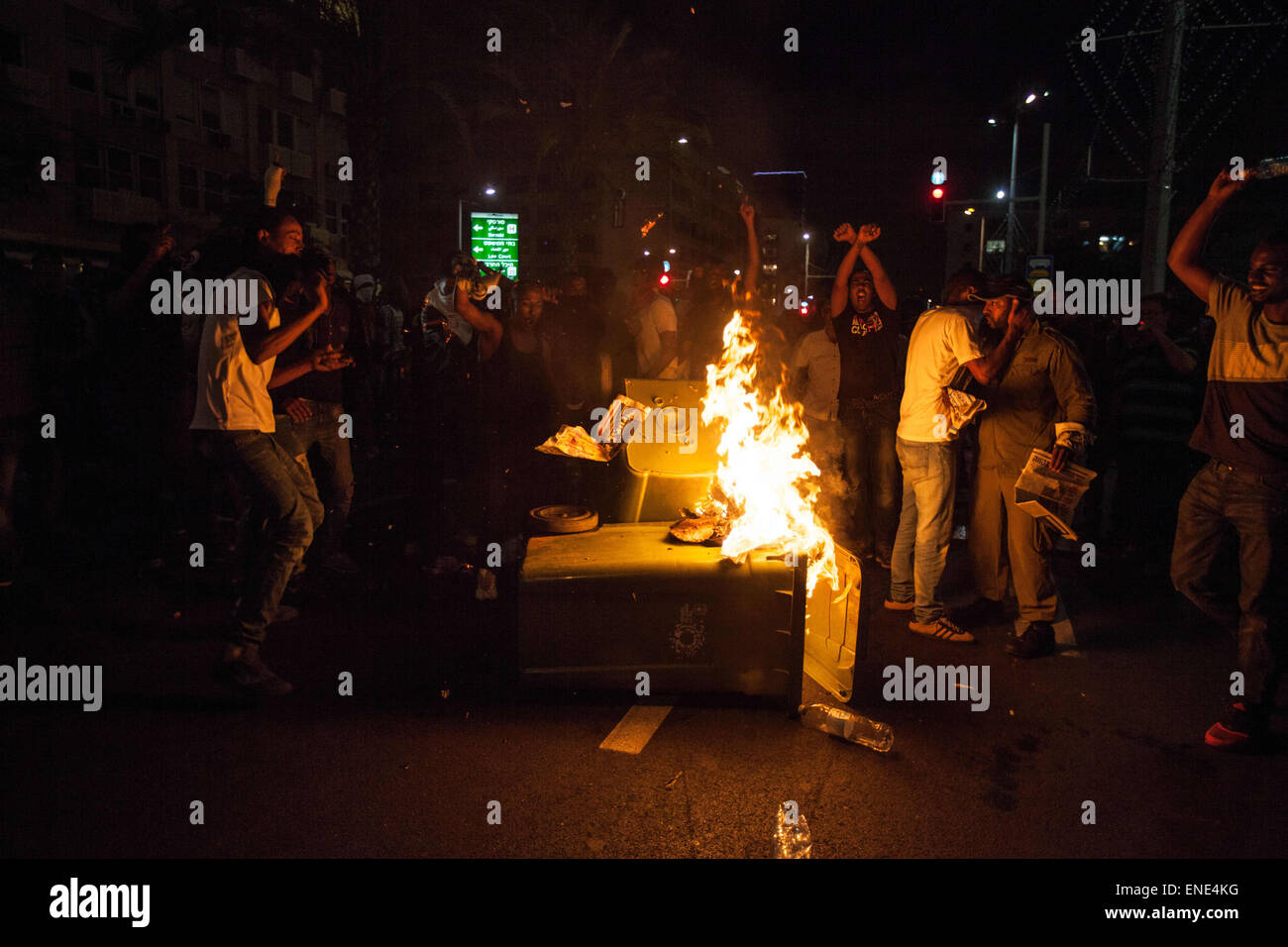 Burning The Jews Stockfotos & Burning The Jews Bilder - Seite 2 - Alamy