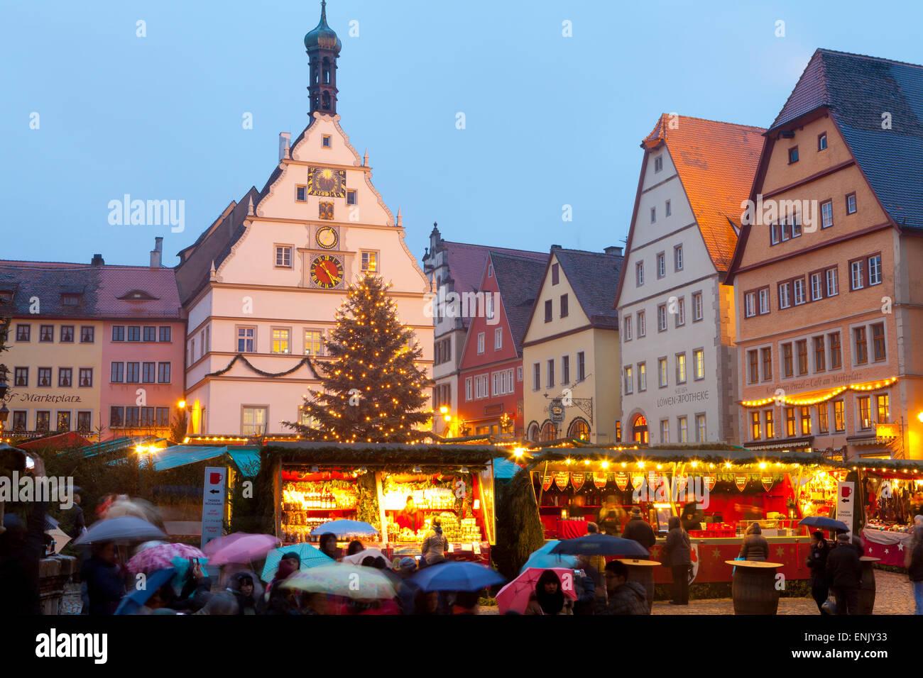 Weihnachtsmarkt, Rothenburg Ob der Tauber, Bayern, Deutschland, Europa Stockbild