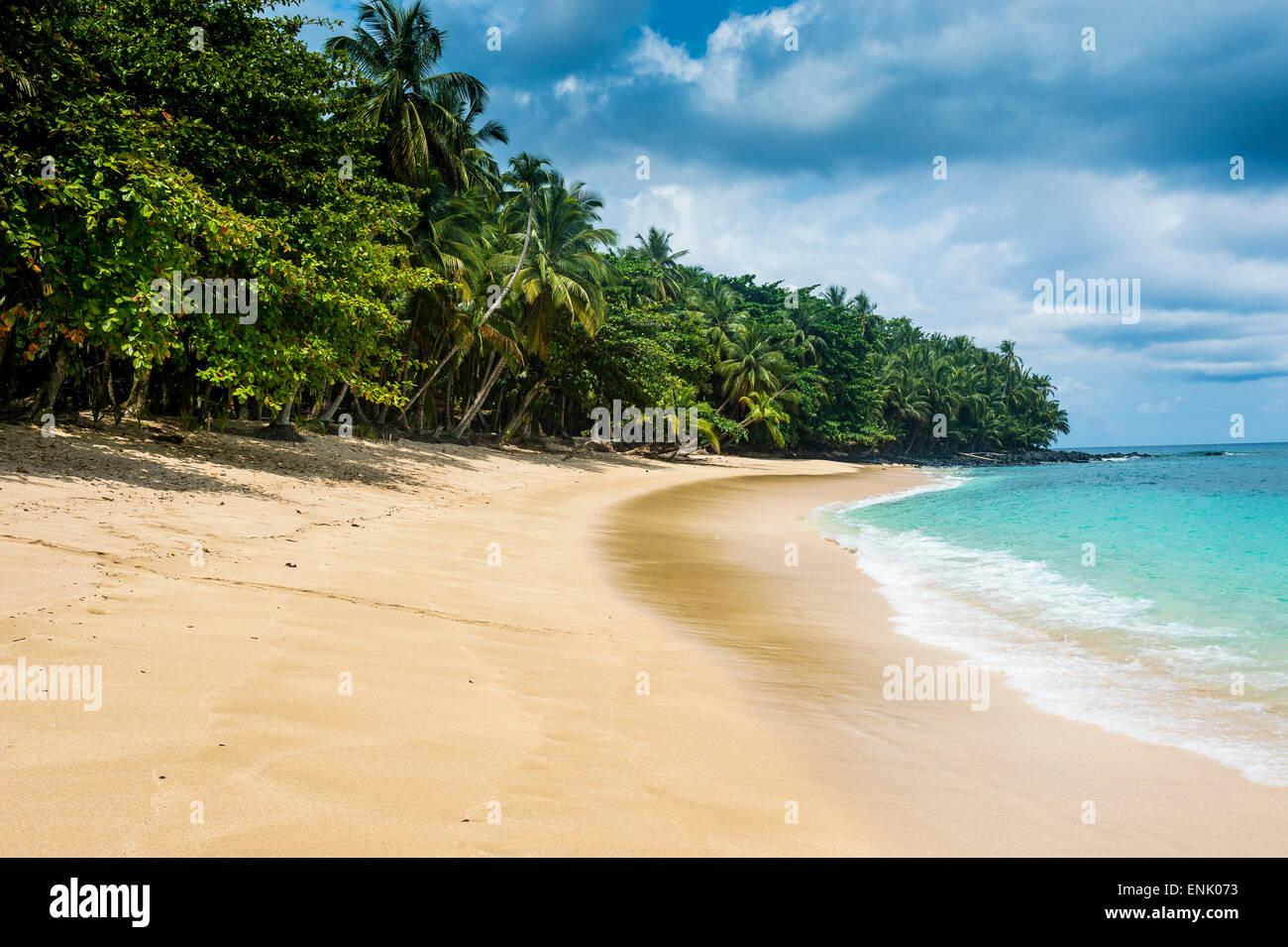 Banana Beach, UNESCO-Biosphärenreservat, Principe, Sao Tome und Principe, Atlantik, Afrika Stockbild