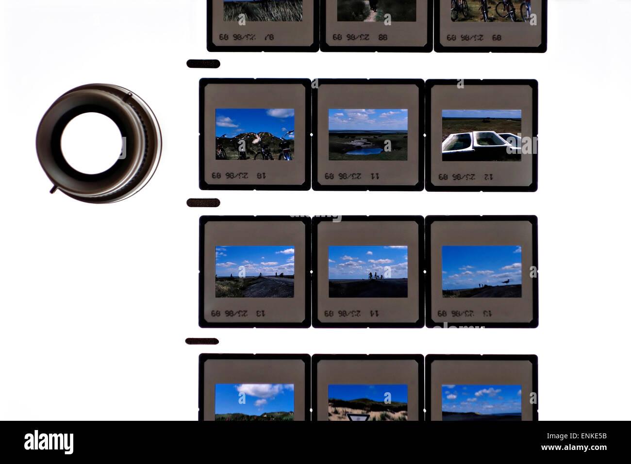 Ein Blatt gerahmte 35mm Farbdias Transparenz Film auf einem ...