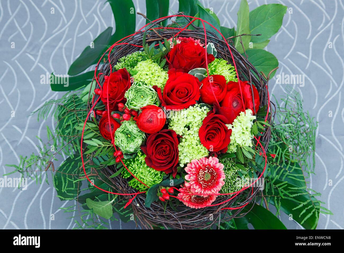 Natur Pflanzen Blumen Rosenstrauss Geburtstag Blumenstrauss Rote