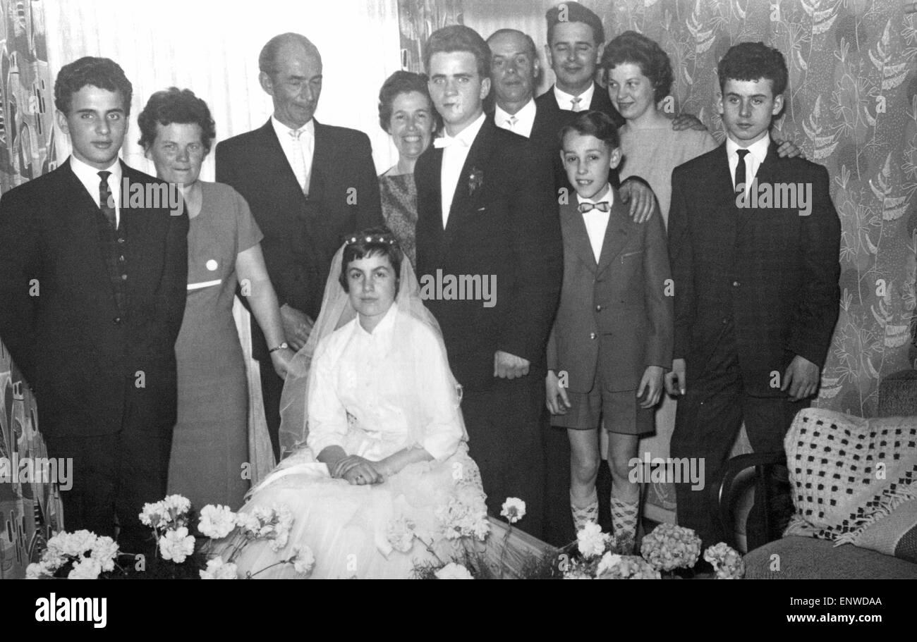 50er Jahre Hochzeit Bild Familienfoto Beziehungen Generationen
