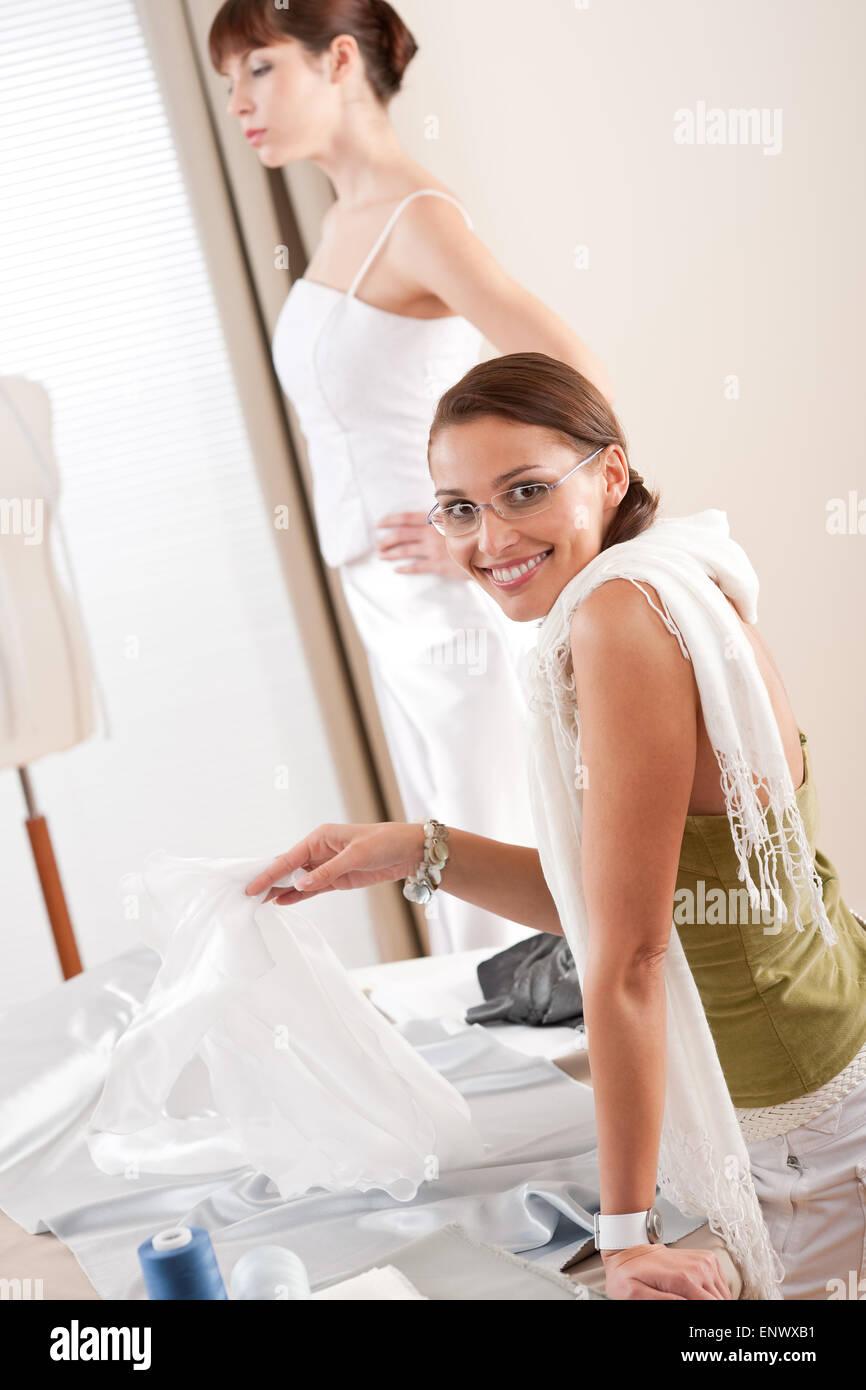 Service Dress White Stockfotos & Service Dress White Bilder - Alamy