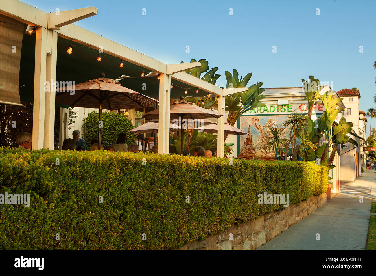 Aussenansicht Schuss von der vorderen Terrasse, Paradise Cafe, Santa Barbara, Kalifornien Stockbild