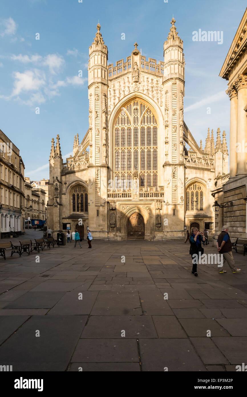 Die Abteikirche von St. Peter und Paul, Badewanne, gemeinhin als Bath Abbey bekannt, ist eine anglikanische Pfarrkirche Stockbild