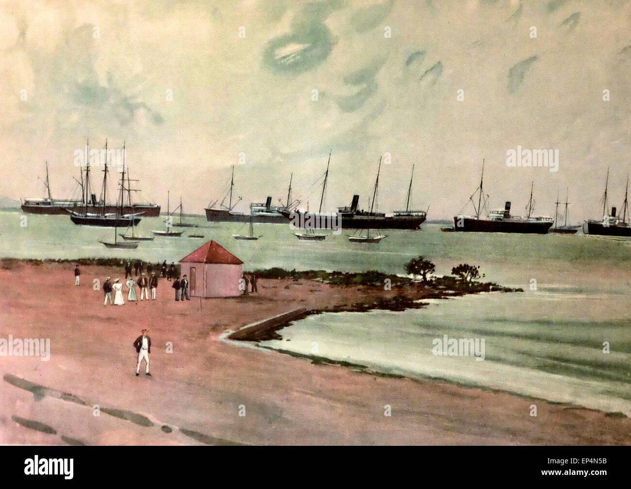 Erfassten spanische Schiffe vor Anker im Hafen von Kriegsschiff, Key West, Florida - Blick von der Promenade in Stockbild