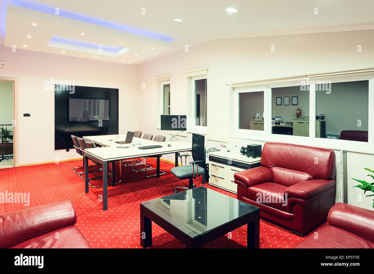 Innenraum eines Manager-Büros, modernes Design mit Luxus-Möbel ...