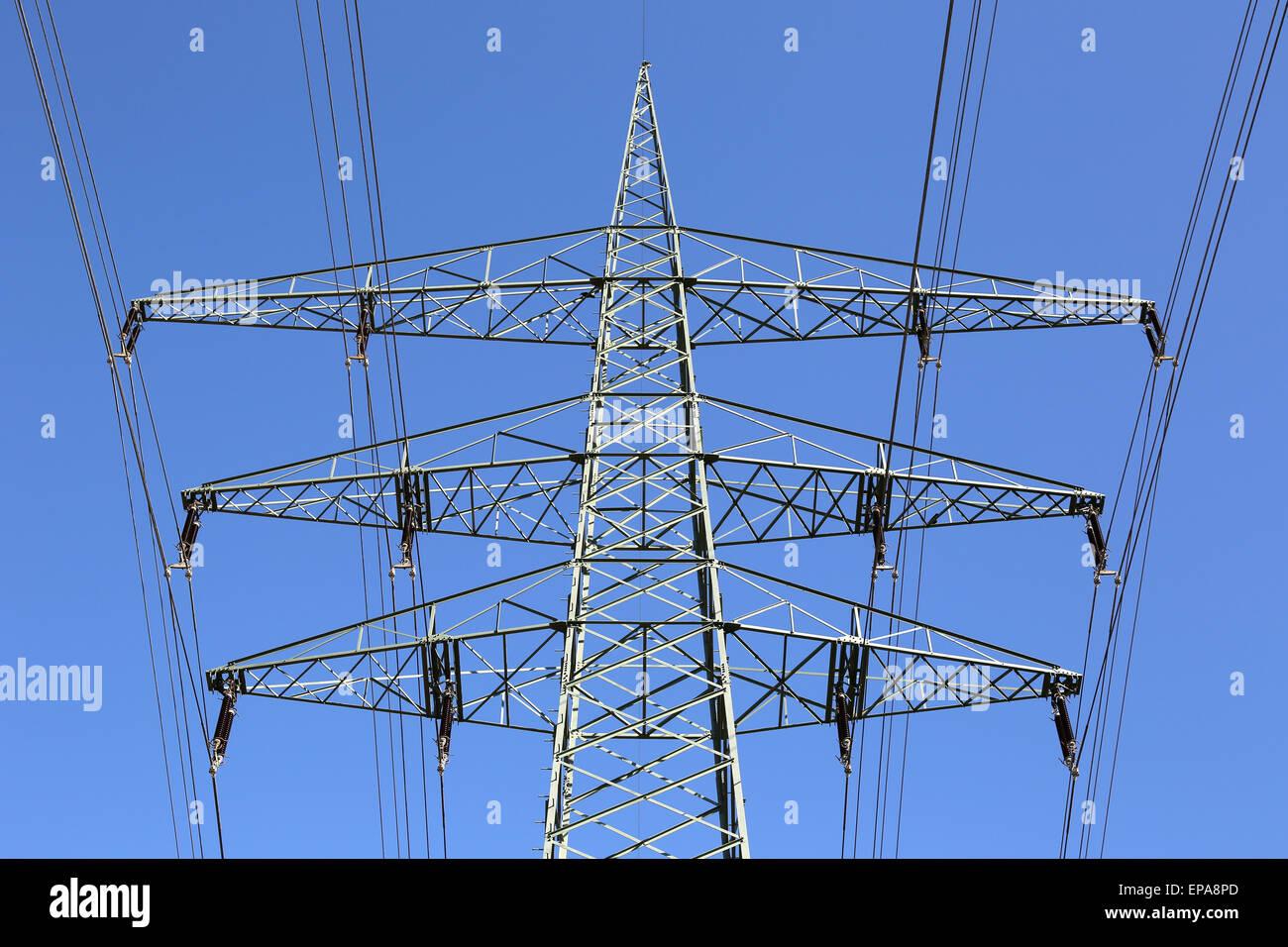 Strommast Vor Blauem Himmel Thema Energie Stockbild