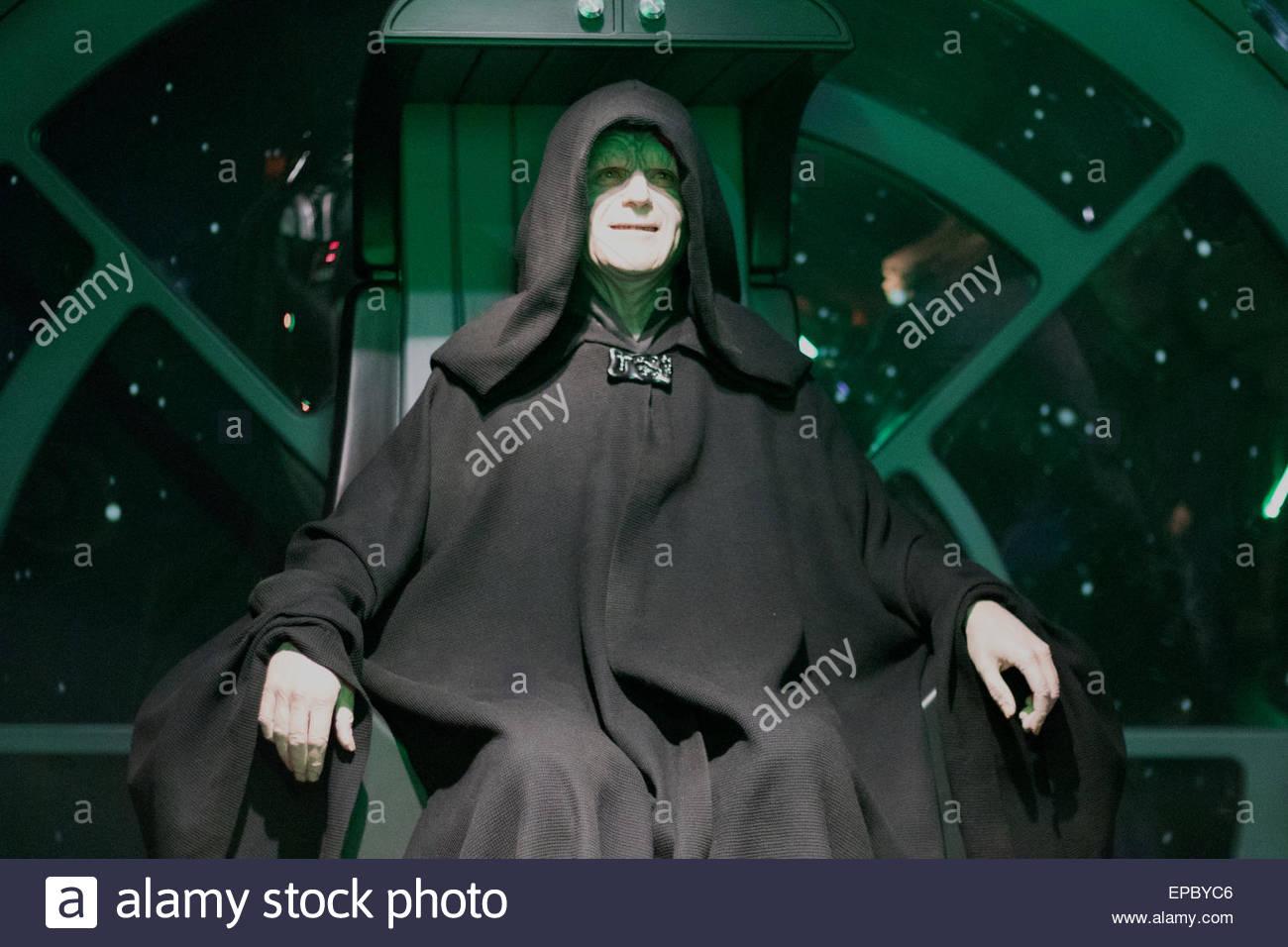 Der Kaiser Uhren die berüchtigte Schlacht von Darth Vader Luke Skywalker Verse Stockbild