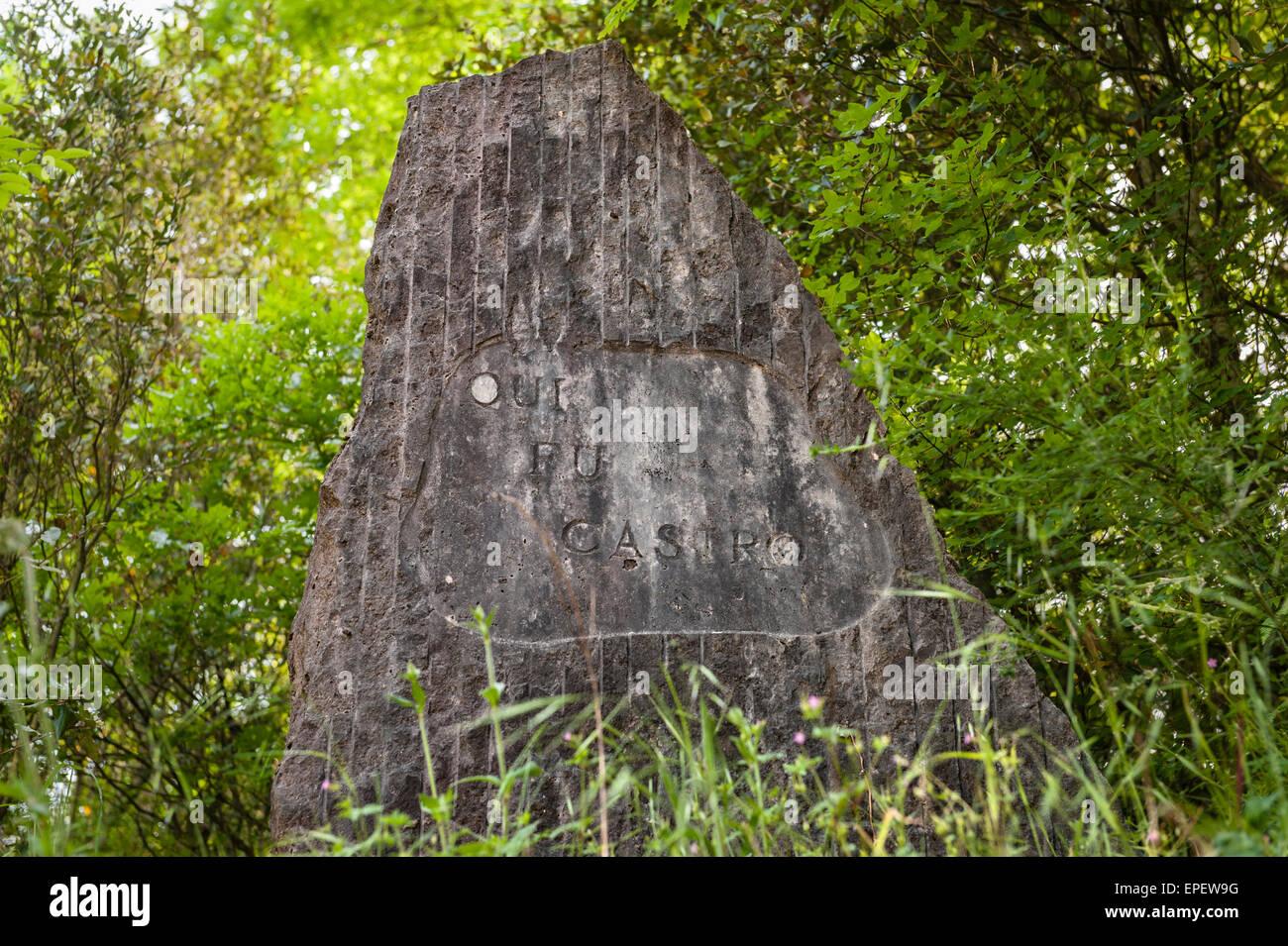 """Castro, Lazio, Italien. Die Website einer etruskischen Stadt, lange verloren da. Eine Inschrift besagt """"Qui Stockbild"""