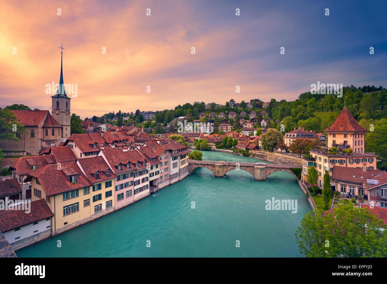 Bern. Bild von Bern, Hauptstadt der Schweiz, während der dramatischen Sonnenuntergang. Stockbild