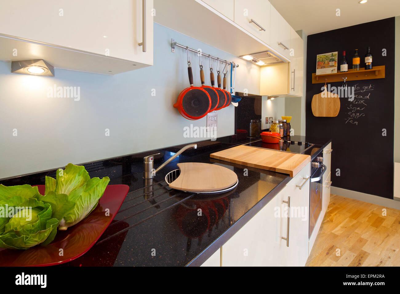 Schön Wohnung Mit Küche London Zeitgenössisch - Ideen Für Die Küche ...