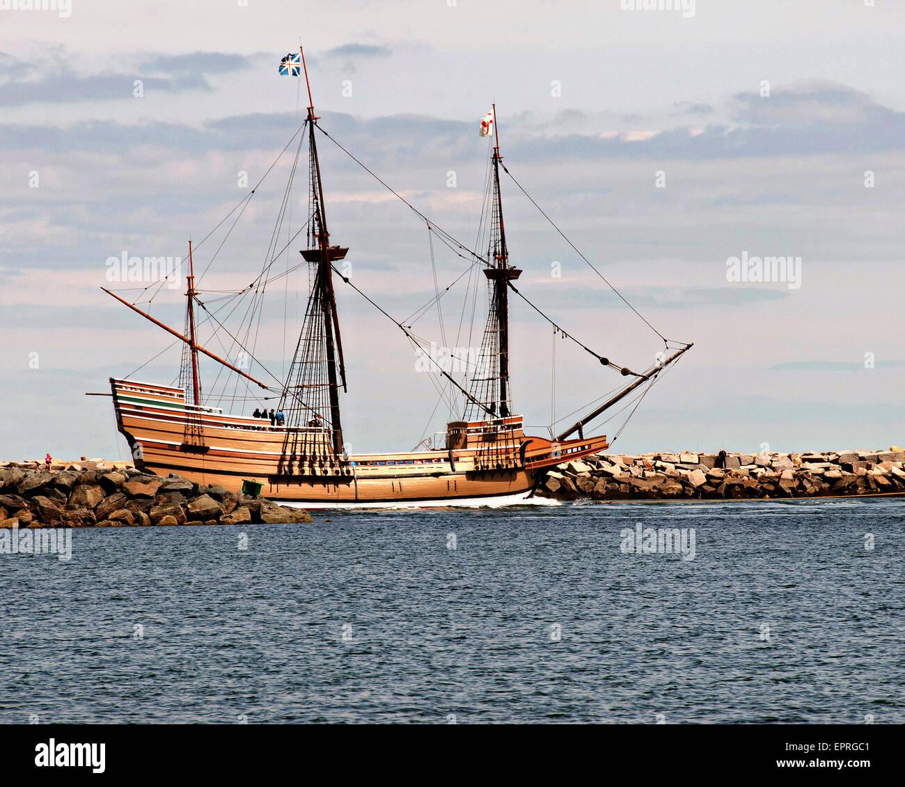 Die Mayflower II fährt ein Replikat der ursprünglichen Pilger Schiff Mayflower Buzzards Bay geht es zurück Stockbild