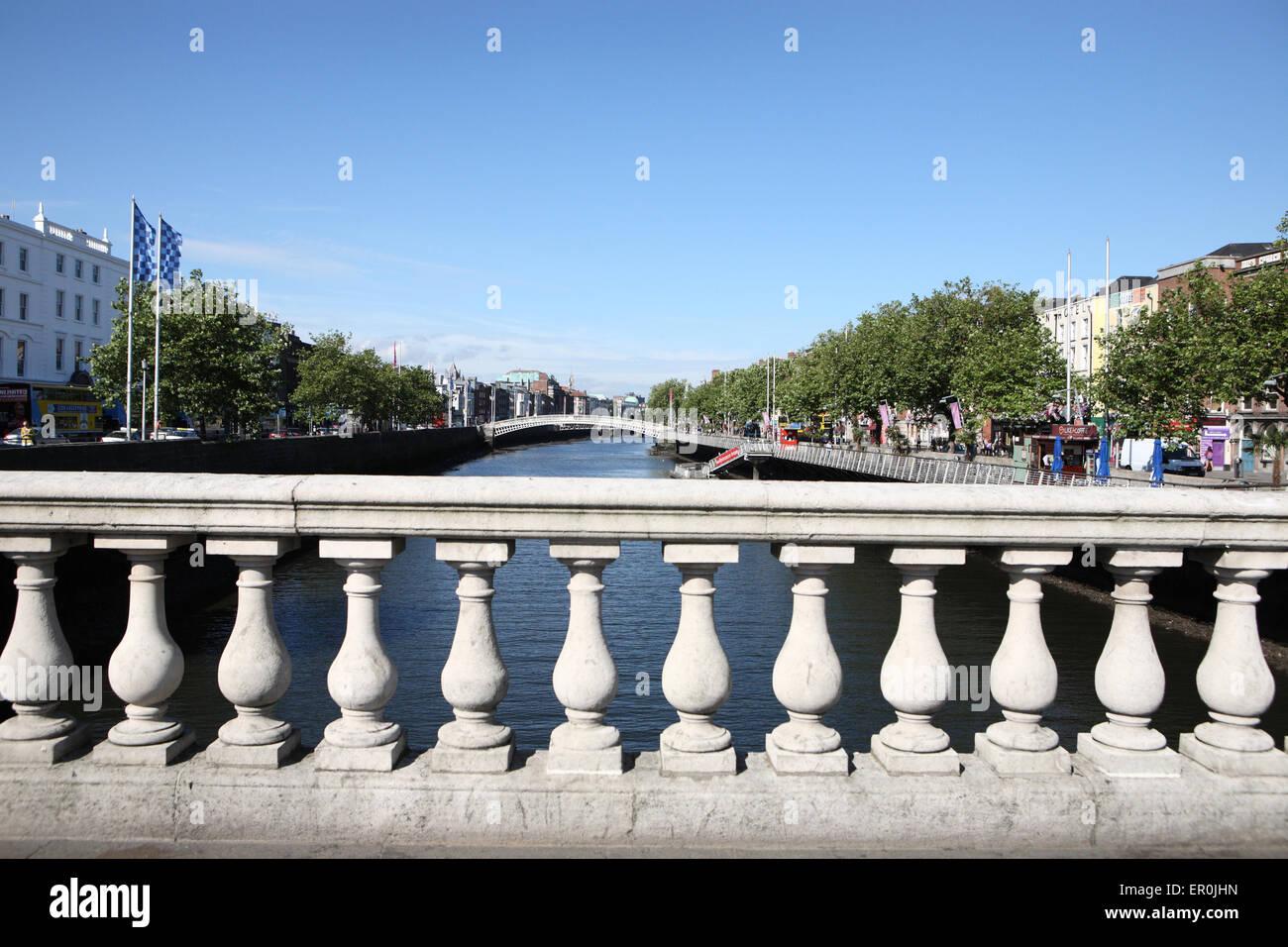 O' Connell Brücke Balustrade Dublin Stockbild