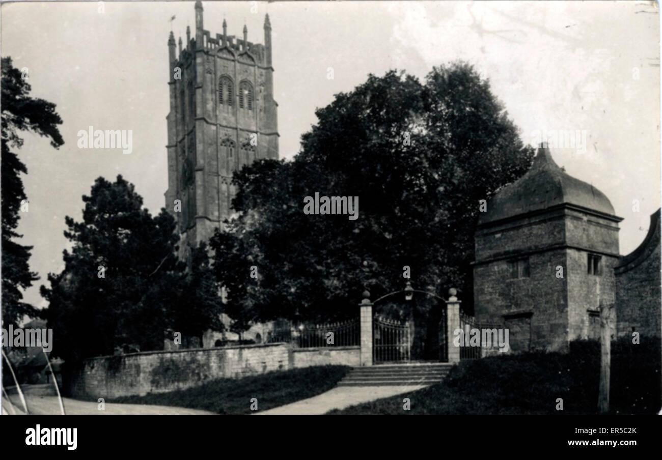 Unbekannte Kirche.  1920er Jahre Stockbild