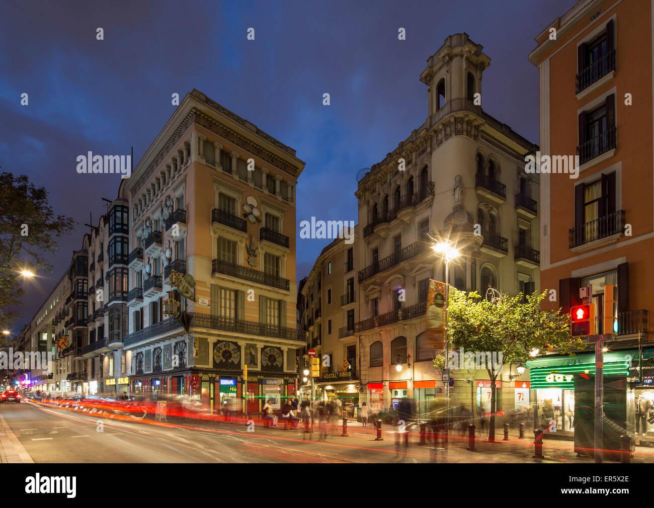 La Rambla in der Dämmerung, Barcelona, Catalonien, Spanien Stockbild
