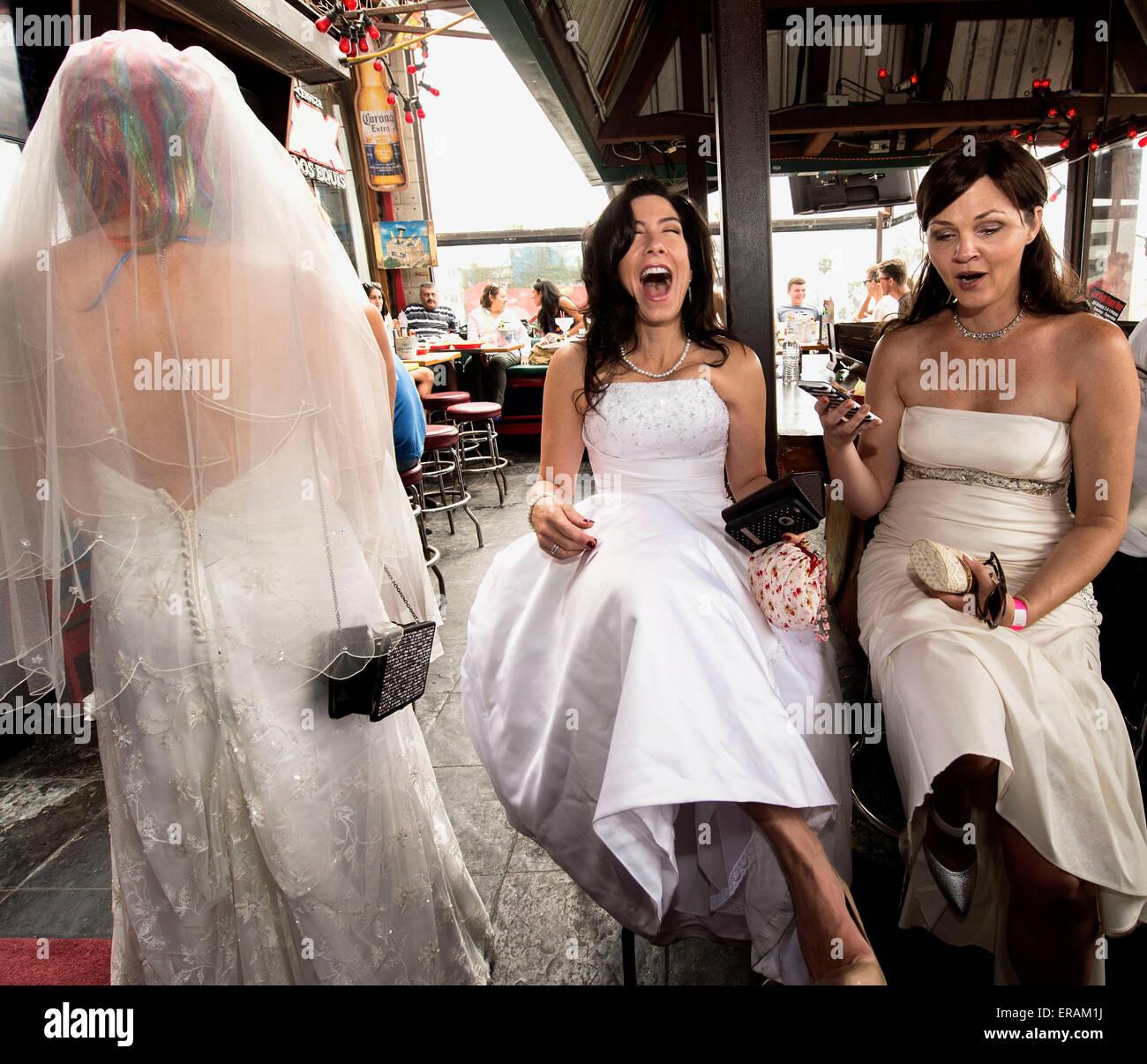 Groß Kleid Für Marsch Hochzeit Bilder - Brautkleider Ideen ...