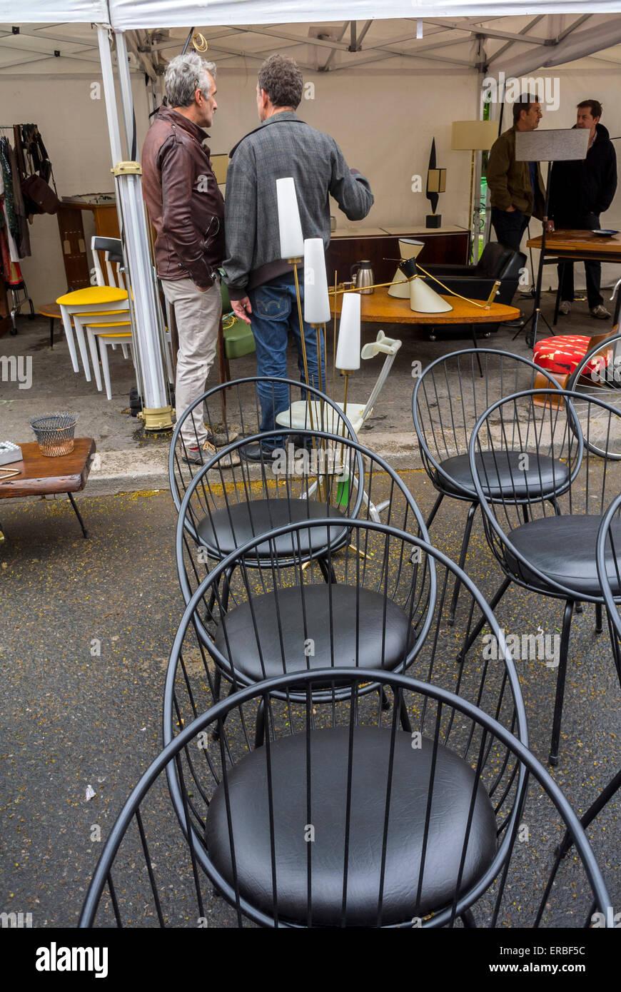 Franzosischer Vintage Mobel Flohmarkt Stockfotos Und Bilder Kaufen Alamy