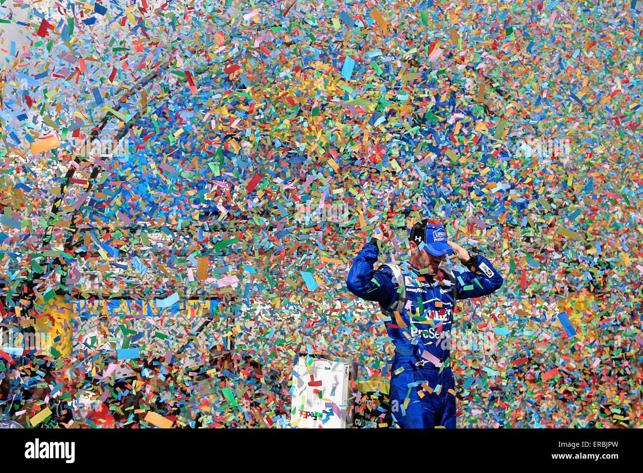 Dover, DE, USA. 31. Mai 2015. Dover, DE - 31. Mai 2015: Jimmie Johnson (48) gewinnt den FedEx 400 profitieren Autismus Stockbild