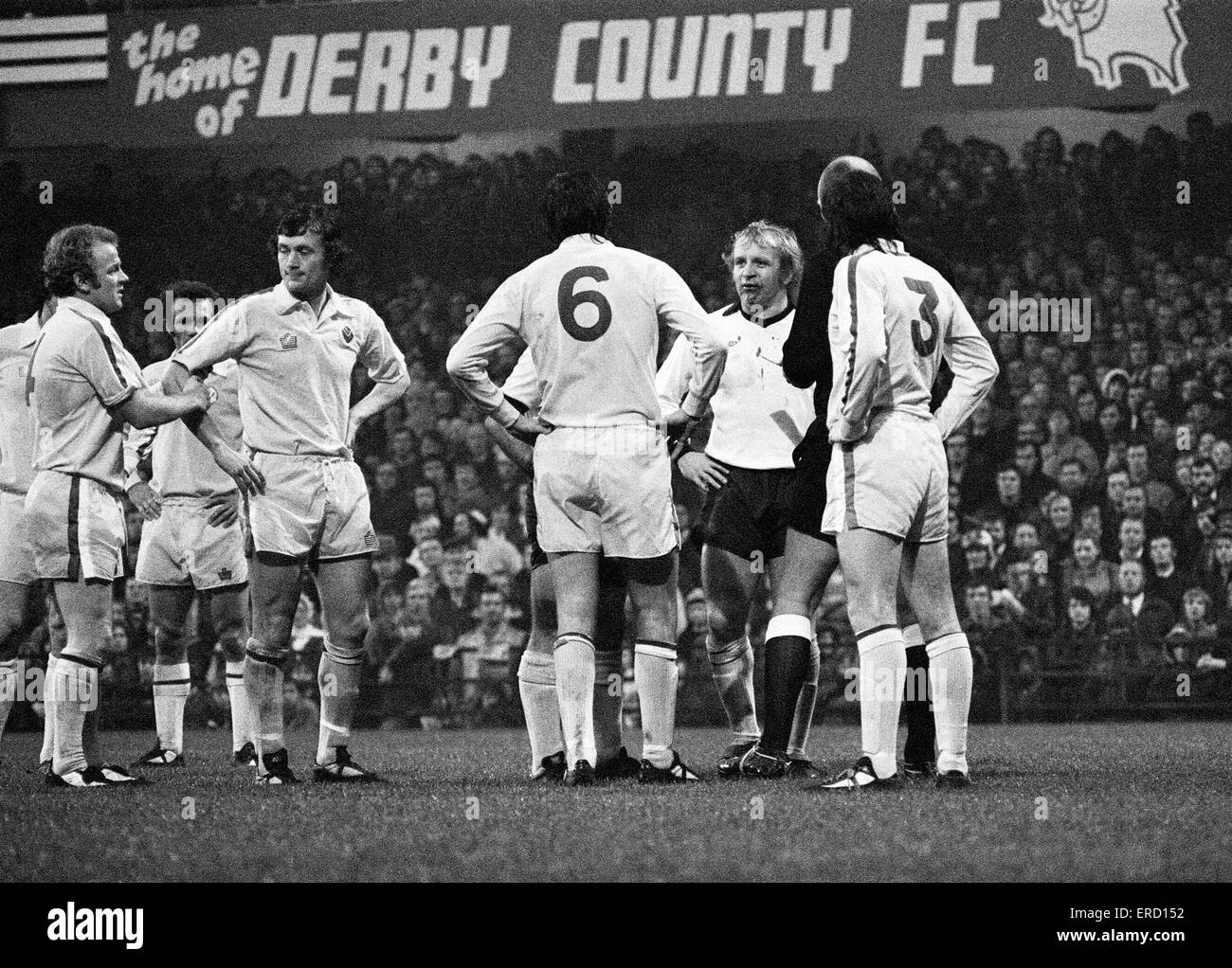 Englische League Division One Match bei den Baseball-Boden. Derby County 3 V Leeds United 2. Francis Lee und Norman Stockbild