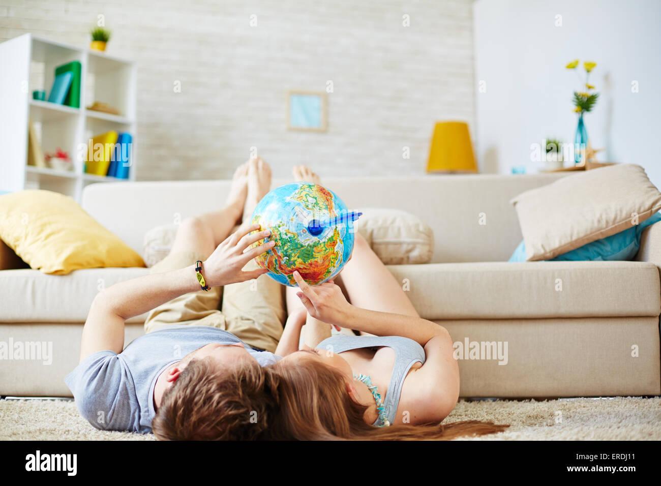 Romantisch zu zweit träumen von Sommer Reisen Stockbild